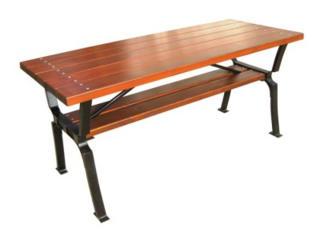 Дачные скамейки и столы.
