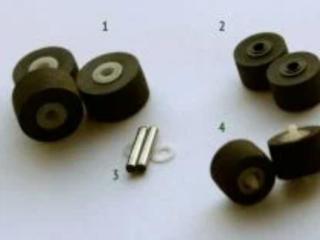 Прижимные резиновые ролики для кассетных магнитофонов.