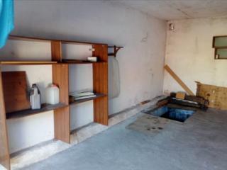 Продам капитальный гараж с подвалом район НИИ.