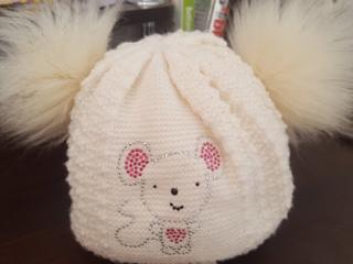 Теплая двойная шапочка для девочки
