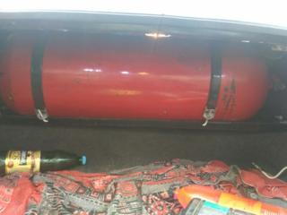 Продаю метановский балон на 18 кубов