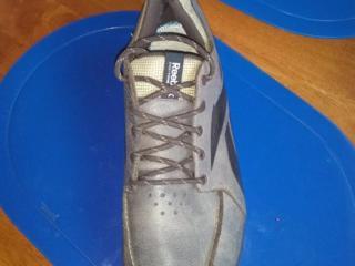 Фирменные кроссовки REEBOK, ортопедическая подошва, натуральная кожа.