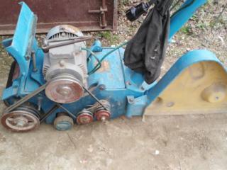 Машина шлифовальная, станок для работы с полами из дерева-циклевальная