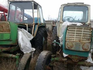 Продам 2 трактора с документами