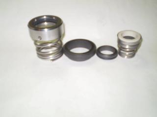 Уплотнения(графитовые) для любых насосов и компрессоров.