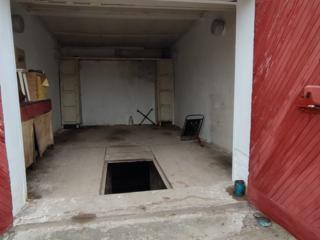 Centru, Garaj 23m2, +podval.....