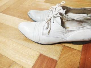 Продаются женские кожаные белые туфли. Размер: 38. Производство Италия
