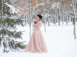 Продам шикарное Свадебное - Вечернее платье по приемлемой цене