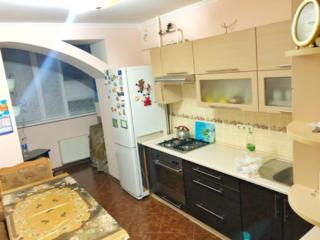 2-комнатная квартира в новострое с большой кухней и автономкой