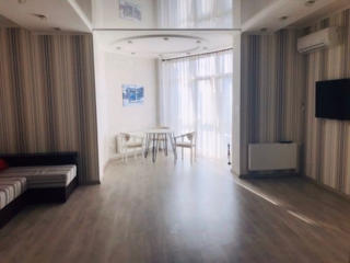 Сдаётся красивая 2-комнатная квартира, 18 жемчужина, ул. Б. Арнаутская