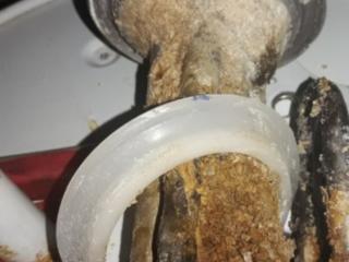 Бельцы. Ремонт замена смесителя демонтаж водомера монтаж замена