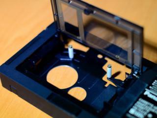 VHS-C адаптер