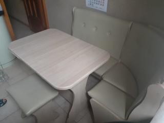 Продаем срочно кухонный уголок, сделанный на заказ, б. у. недорого 999