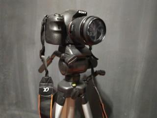 Продам фотоаппарат Sony a58+ штатив, карта памяти, 2 объектива