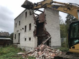 Демонтаж домов и пристроек. Вся техника в наличии.