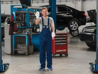 Майстер з ремонту вантажних іномарок