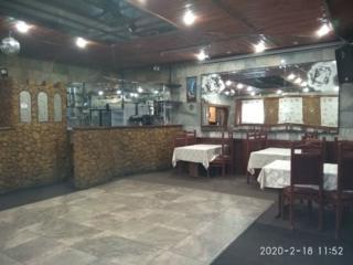 Кафе-бар в центре Тирасполя со всем оборудованием
