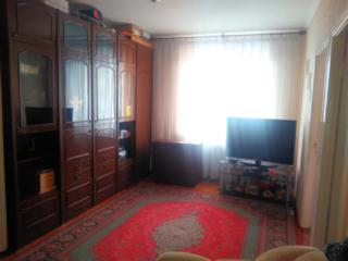 Продам 3-х комнатную Квартиру район Стелуца