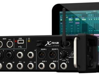 Продам новый цифровой микшер Behringer XR 12