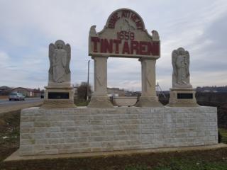 Monumente din piatră de cosăuți.