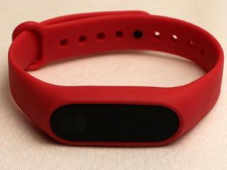 Фитнес браслет Xiaomi mi band 2 с пульсометром и дисплеем (русский)