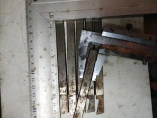 Продам отрезные пластинчатые резцы кобальтовые Р6М5К АИЗ
