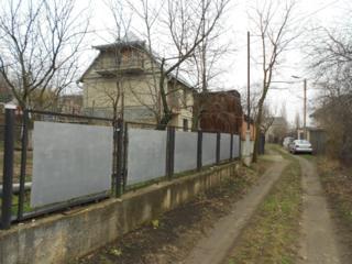 Telecentru, masivul de vile Schinoasa, de-facto Chișinău. 3 nivele