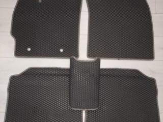 EVA коврики на Prius (30)