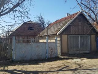 Продам кирпичный дом в Суклее по ул. Днестровская, участок 6 соток.