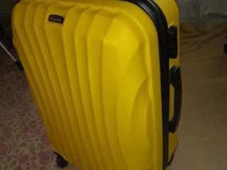 Куплю чемодан на колесах