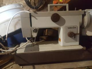 Продам швейную машину чайка134А