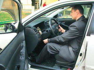 Водитель легкового авто
