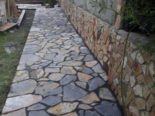 Lucrări cu piatră naturală