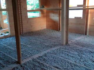 Izolarea cu fibra de celuloză acoperișuri și mansardelor!!!
