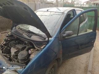 Разбираю Renault Scenic 1.6 бензин 1999 г