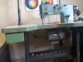 Срочно продаем швейную прямострочную машинку в хорошем состоянии, ухож.
