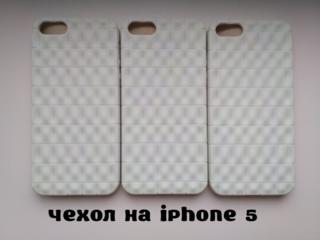 Чехол на iPhone 5 Белый немного с лимонным оттенком