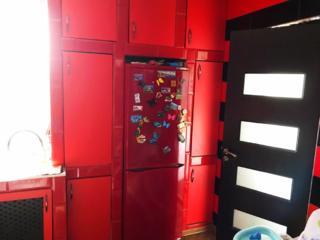 Продам 2-ух комнатную квартиру с евроремонтом.