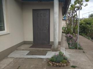Продам дом в Чобручи центр