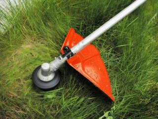 Покос травы на вашем участке. Качественно быстро цена договорная