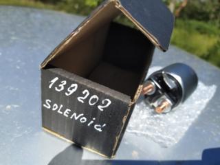 Продам новое втягивающее реле стартера на 626 GF, 2.0 бензин, 1998 г