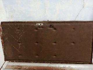 Продаю деревянные двери и металлические решетки б/у