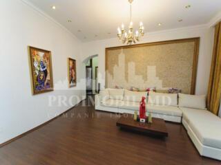 Apartament promovat spre vânzare are 3 camere și suprafaţa totală de