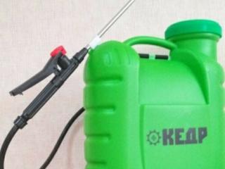 Продам электрический опрыскиватель ранец Кедр