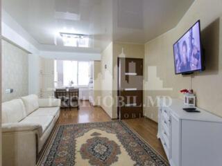 Spre vînzare apartament cu 2 camere, are o suprafața de 65mp. ...