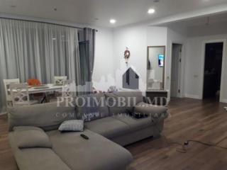 Super Apartament cu 2 camere + living pentru cei care iubesc ...