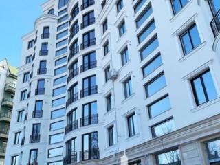 Spre VÂNZARE apartament cu 3 camere și suprafața de 113 mp, în ...