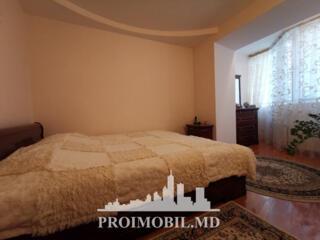 Vă propunem acest apartament cu 2 camere + living,sectorul Centru, .