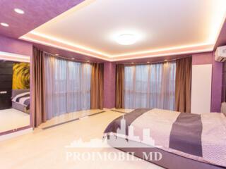Vă propunem acest apartament cu 2 camere + living, sectorul Centru ..