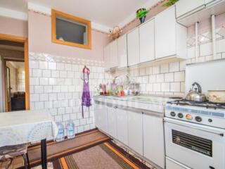 Spre vînzare apartament cu 2 camere suprafața totală de 50 mp, ...